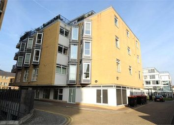 Thumbnail 1 bed property to rent in Hacon Square, Richmond Road, London
