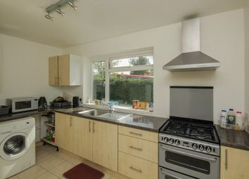 Thumbnail 2 bed flat to rent in Fairfield Road, Woodford Green