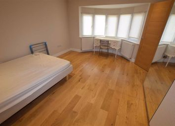 Room to rent in Rosemary Avenue, Finchley, London N3
