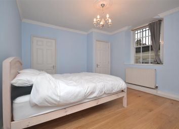 2 bed maisonette to rent in Walcot Parade, Bath BA1