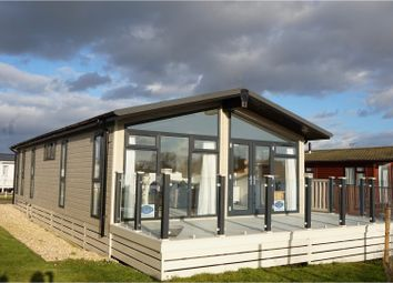 Thumbnail 2 bed mobile/park home for sale in Vinnetrow Road, Chichester