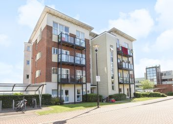 Thumbnail 2 bedroom flat for sale in Park View Road, Leatherhead