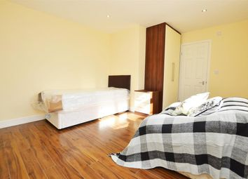 Thumbnail Room to rent in Great West Road, Osterley, Isleworth