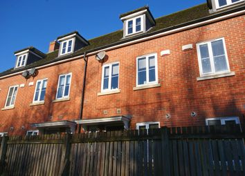 3 bed town house to rent in Muirfield Close, Doddington Park, Lincoln LN6