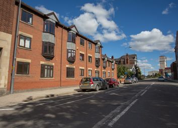 Thumbnail 1 bed flat to rent in Alfred Gelder Street, Hull