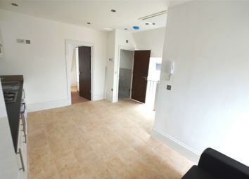 Thumbnail 2 bed flat to rent in Deansbrook Road, Edgware, Greater London