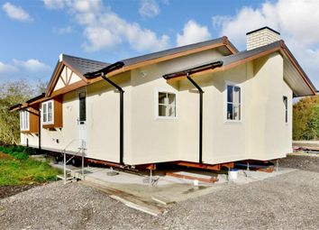 Thumbnail 2 bed mobile/park home for sale in Newbridge Park, Paddock Wood, Tonbridge, Kent