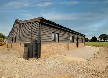 Thumbnail 3 bed bungalow to rent in Barnet Gate Lane, Barnet, Hertfordshire