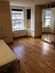1 bed property to rent in Berners Road, London N22