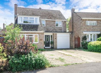 Thumbnail 4 bed detached house for sale in Benmead Road, Kidlington
