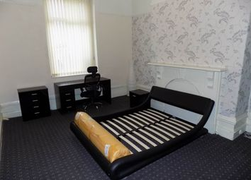 Thumbnail 1 bed property to rent in Grove Terrace, Bradford