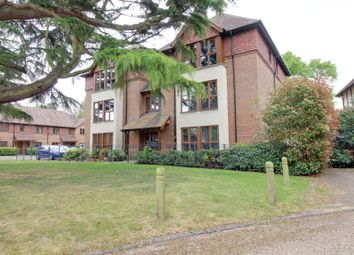 Thumbnail 2 bed flat to rent in Ashbourne Gardens, Hertford, Hertfordshire
