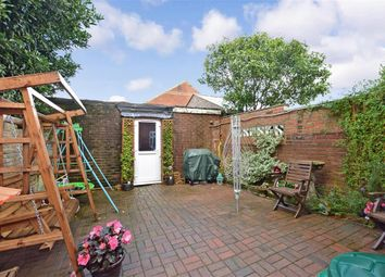 Thumbnail 5 bed terraced house for sale in Carisbrooke Road, Newport, Isle Of Wight
