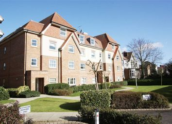 Thumbnail 2 bedroom flat to rent in Grosvenor Heights, North Chingford, London