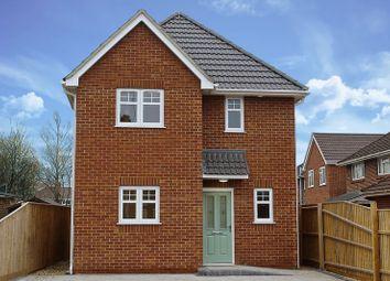 Thumbnail 2 bedroom detached house for sale in Cavan Crescent, Poole