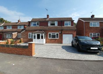 4 bed property for sale in Lea Croft, Crowthorne RG45