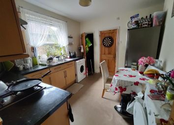Thumbnail Flat for sale in Inglemere Road, Mitcham