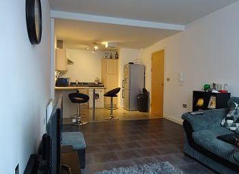 1 bed flat to rent in Octahedron, Jewellery Quarter, Birmingham B3