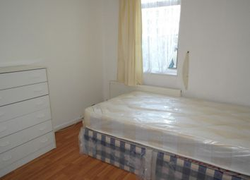 Thumbnail Room to rent in Colegrave Road, Leyton