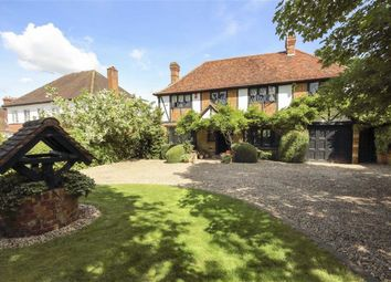 Thumbnail 5 bed detached house to rent in Brookmans Avenue, Hatfield