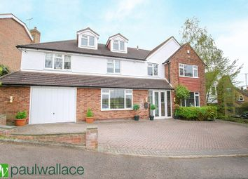 Thumbnail 4 bed detached house for sale in Hill Rise, Cuffley, Potters Bar