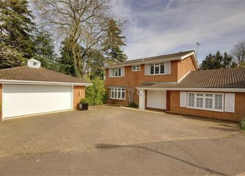 Thumbnail 4 bedroom property for sale in Hazel Mead, Arkley, Herts