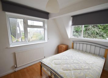 Thumbnail 1 bed property to rent in Micklands Road, Caversham, Reading