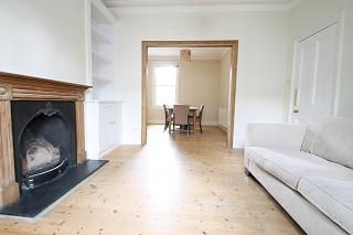 3 bed terraced house to rent in Oswyth Road, Camberwell SE5