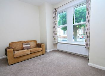 Thumbnail 1 bed flat to rent in Castlewood Road, Stoke Newington, London