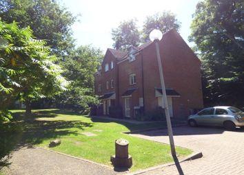 Thumbnail Studio to rent in Ravenscroft, Watford