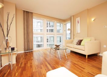 Thumbnail 1 bed flat to rent in New Providence Wharf, Fairmont Avenue, Canary Wharf
