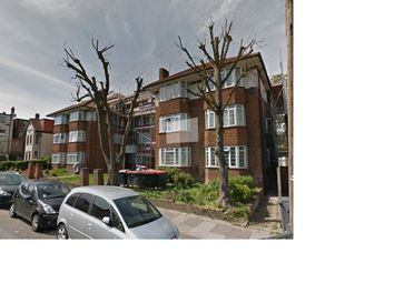 Thumbnail 3 bed flat to rent in Golders Rise, Hendon