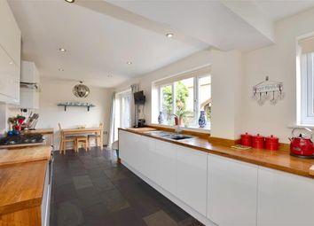 4 bed detached house for sale in Weavers Close, Staplehurst, Kent TN12