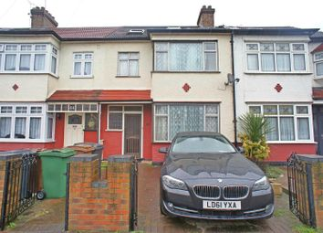 Thumbnail 4 bedroom property for sale in Brook Crescent, London