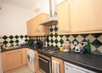 Thumbnail 1 bed flat to rent in Temple Street, Shoreditch, London