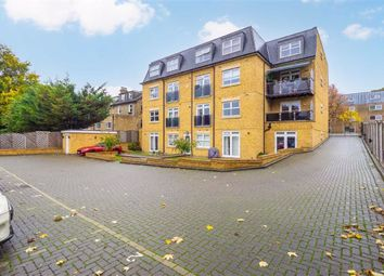 Thumbnail 3 bed flat for sale in Cavendish Road, Sutton