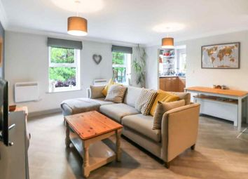 Thumbnail 1 bed flat for sale in Heath Hill Road South, Crowthorne