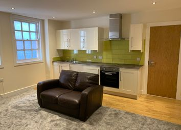 3 bed flat to rent in Denby Street, Sheffield S2