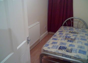 Thumbnail 3 bed flat to rent in Mortlake Road, Ilford Essex