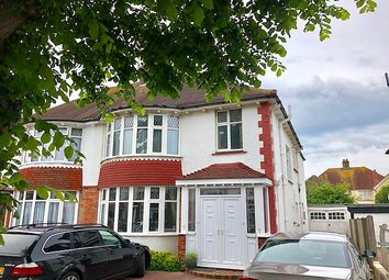 Thumbnail 2 bed flat to rent in Berriedale Avenue, Hove