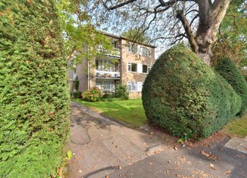 Alden Mead, The Avenue, Hatch End HA5. 2 bed flat