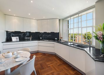 Thumbnail 4 bed flat for sale in Onslow Square, South Kensington, London