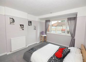 Thumbnail 1 bed flat to rent in Galpins Road, Thornton Heath, Mitcham, Croydon