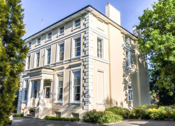 2 bed flat to rent in Parabola Road, Cheltenham GL50