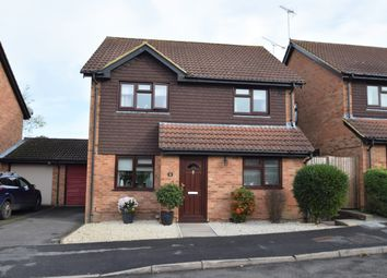 4 bed detached house for sale in Borderside, Yateley GU46