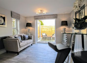 Thumbnail 2 bedroom flat for sale in Elm Street, Roath, Cardiff