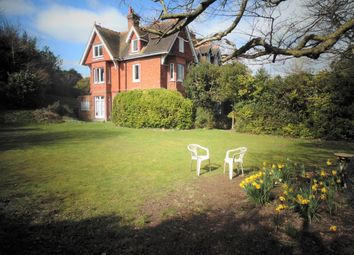 Thumbnail 2 bed flat for sale in Cromwell Place, King Henrys Road, Lewes