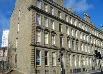 Thumbnail 4 bed flat to rent in Victoria Road, Dundee