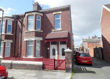 Thumbnail Flat to rent in Lyndhurst Street, South Shields