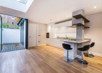 Thumbnail 2 bed flat for sale in Fonthill Road, Finsbury Park